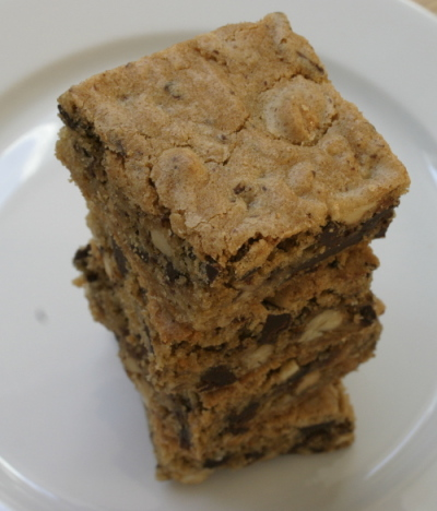 Peanut Chocolate Chunk Blondies