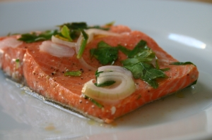 Salmon Steamed w/White Wine, Lemon, Parsley & Shallots