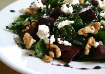 Salad with Beets, Walnuts, Goat Cheese, and Balsamic Reduction