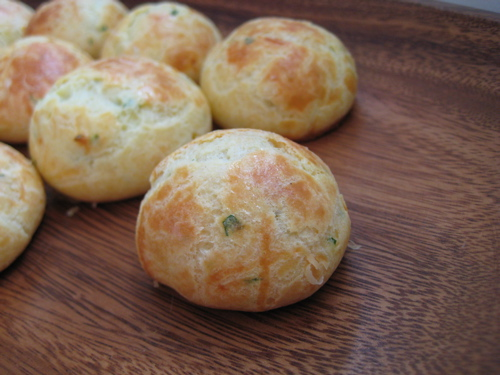 appetizers_goatcheeseherbgougeres_12