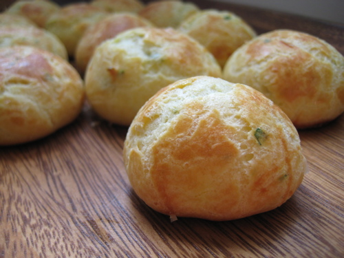 appetizers_goatcheeseherbgougeres_13