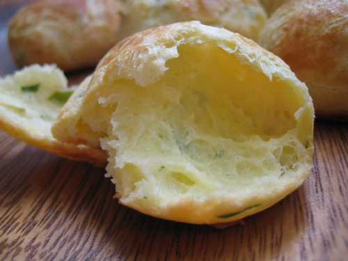appetizers_goatcheeseherbgougeres_14