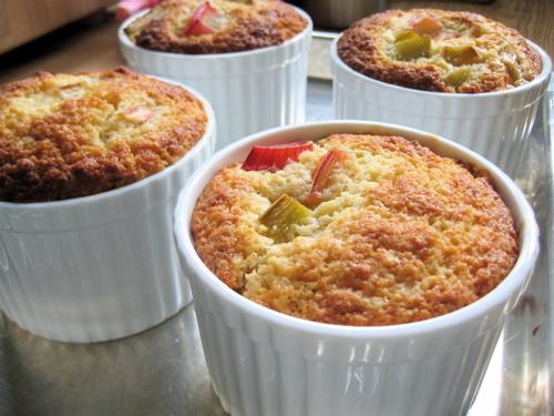 desserts_rhubarbpuddingcake_6